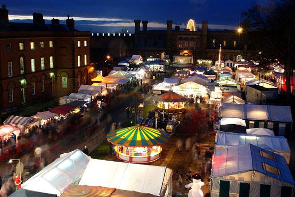 Stay at Redhouse Farm Bed & Breakfast to visit the Lincoln Christmas Market